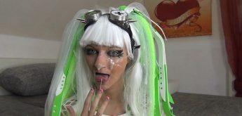 Cyber Goth Bitch's 100 Euro Fick